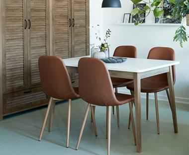 köksbord o stolar
